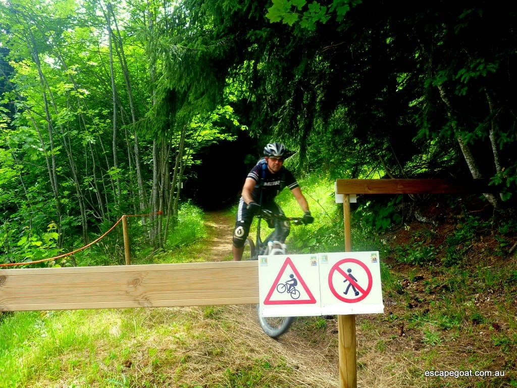 2d70ab10cfd NEWS:- Hikers banned from Parks to improve rider safety